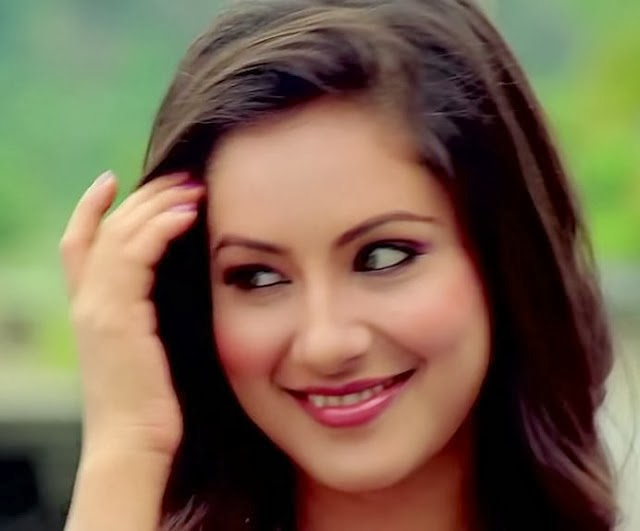 Pooja+Bose+Hot+Picture+from+Loveria009