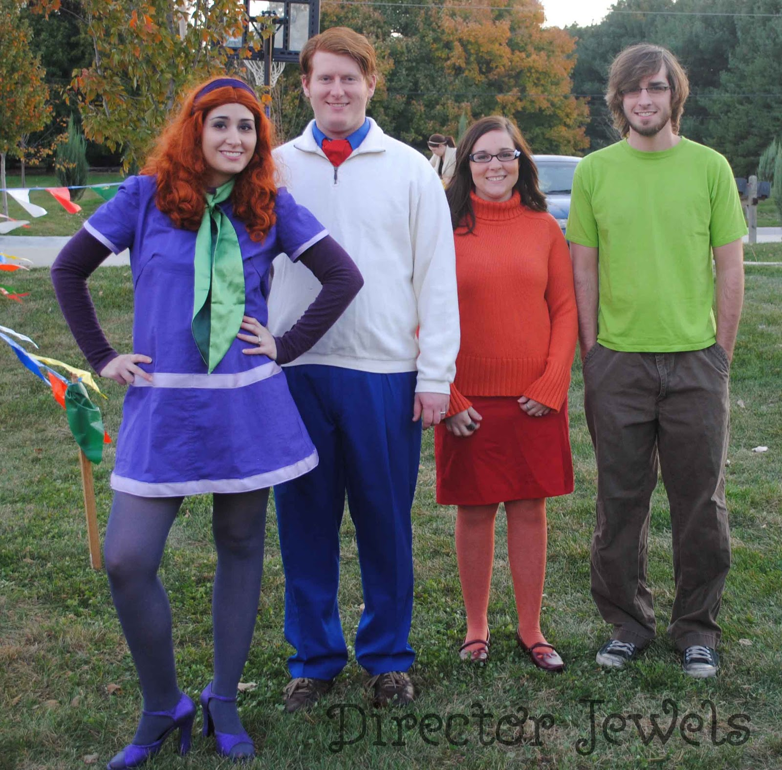 director jewels: like wow, scoob, it's the whole gang! halloween