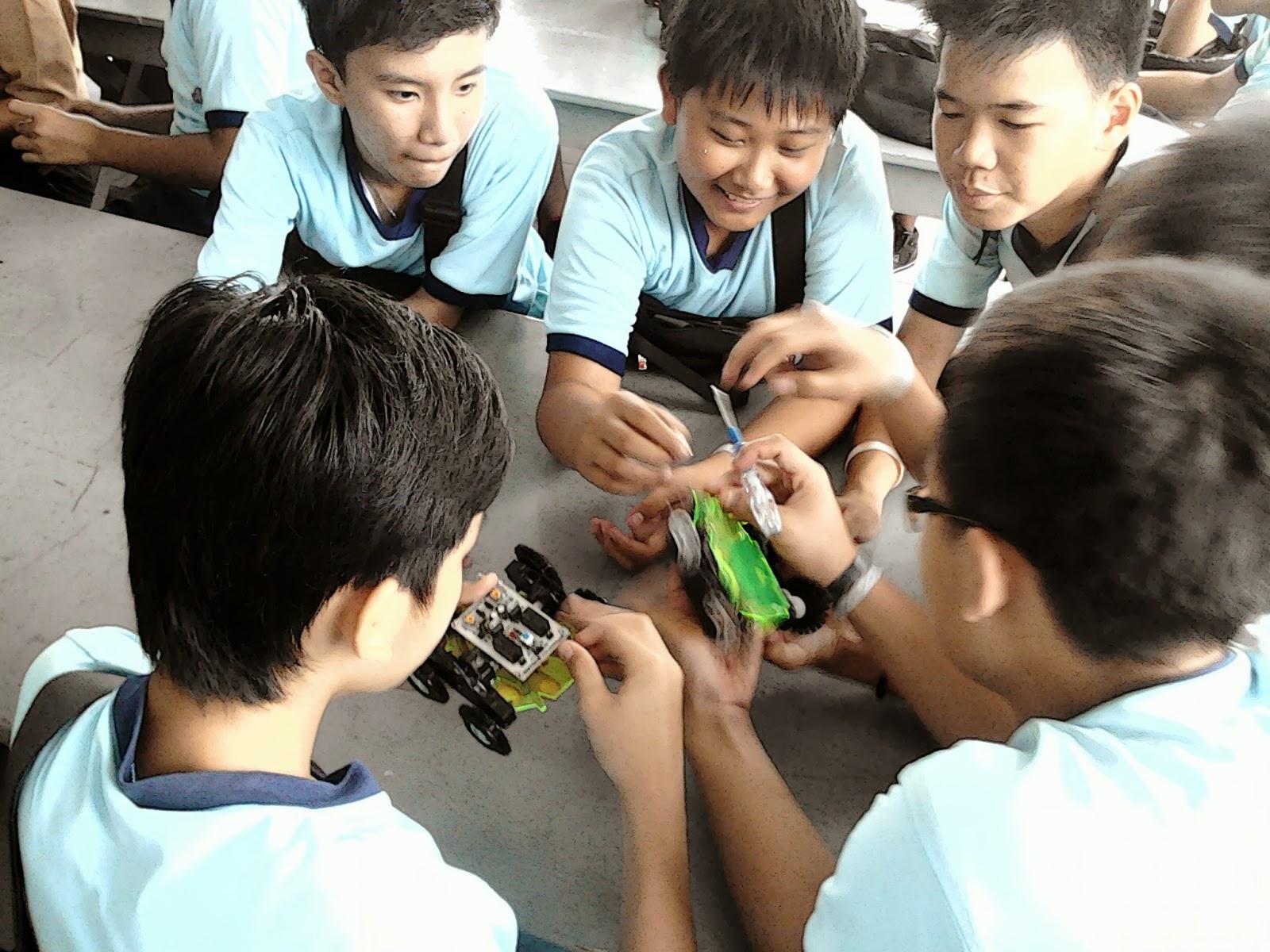 Ekskul Robotik SMP Immanuel Bandarlampung