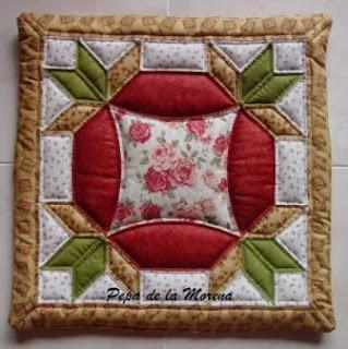 Agujas creativas de pepa cojines de patchwork - Cojines de patchwork ...