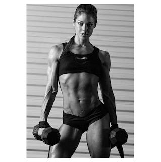 Fitspo muscular woman