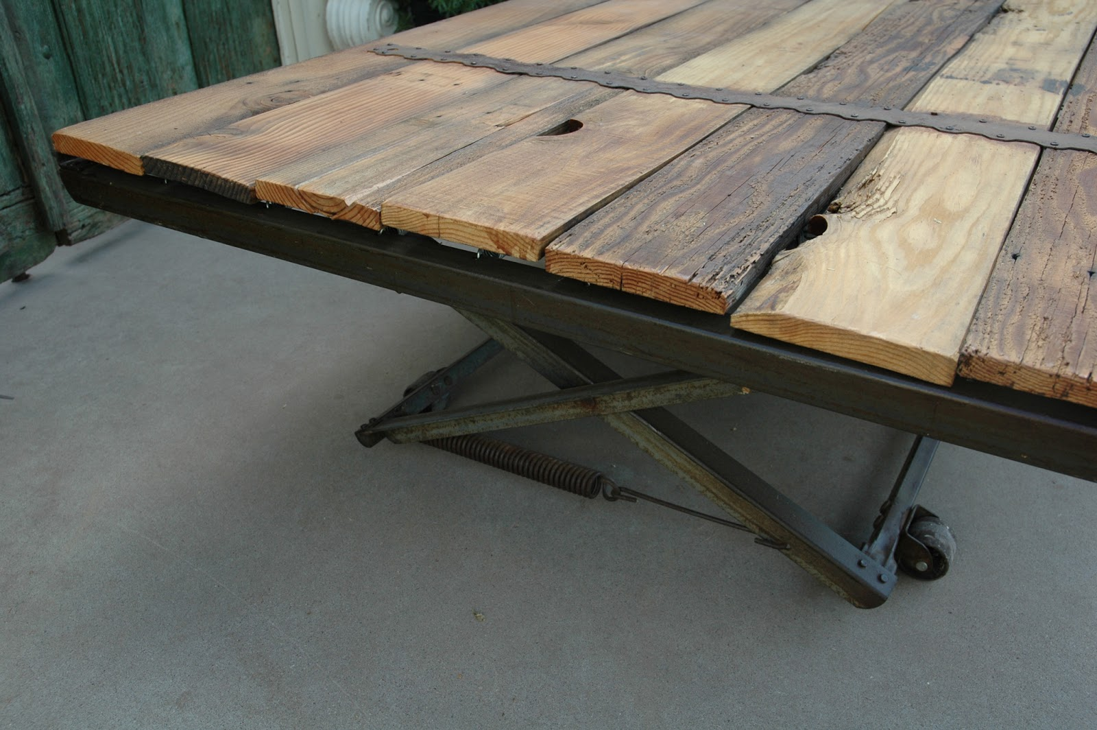Gentil Coffee Table Made From Old Trundle Bed Frame
