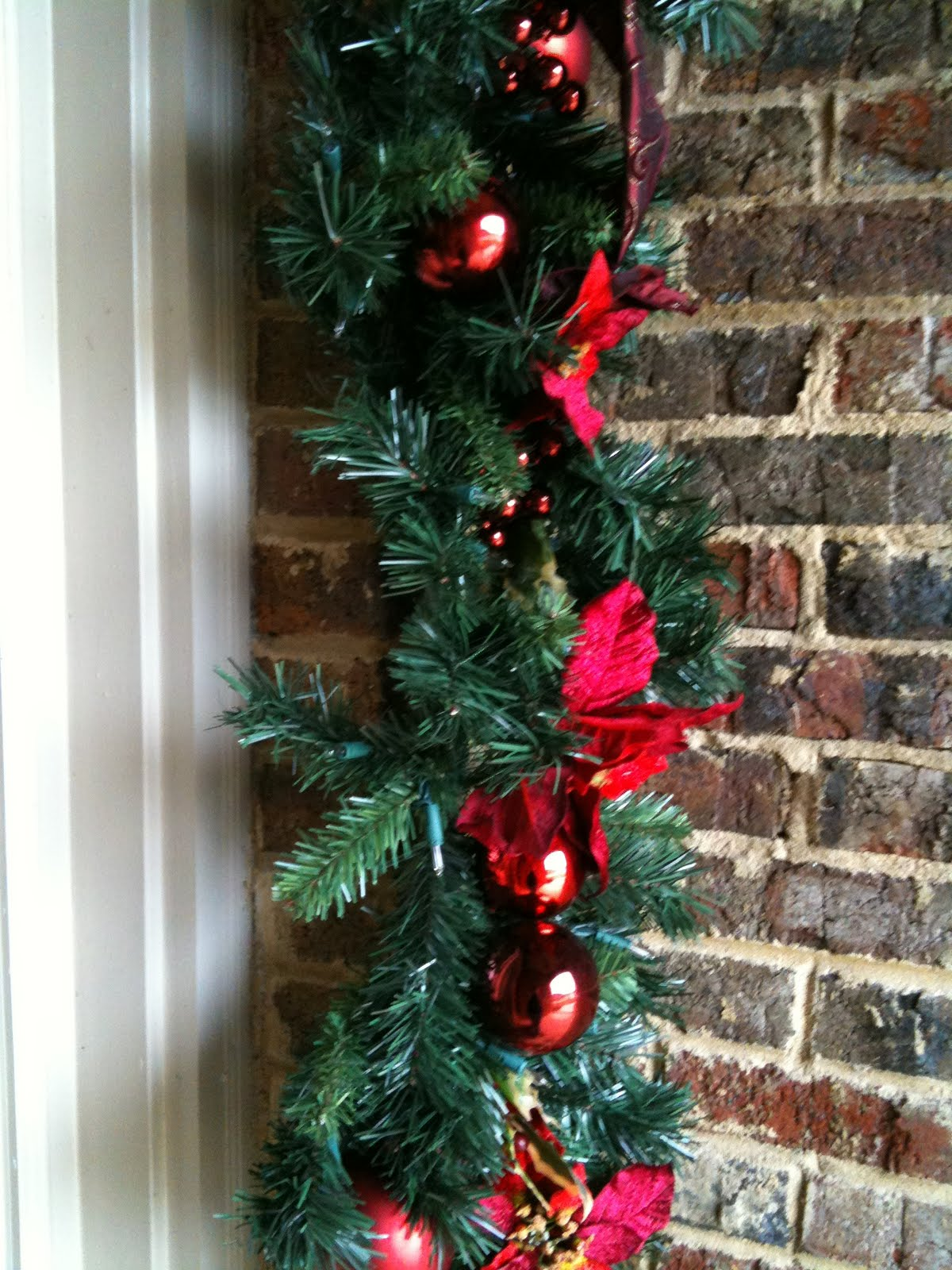 i bought garlands to hang on the doorway christmas before last then i looked for hangars to let me hang it on my brick home guess what