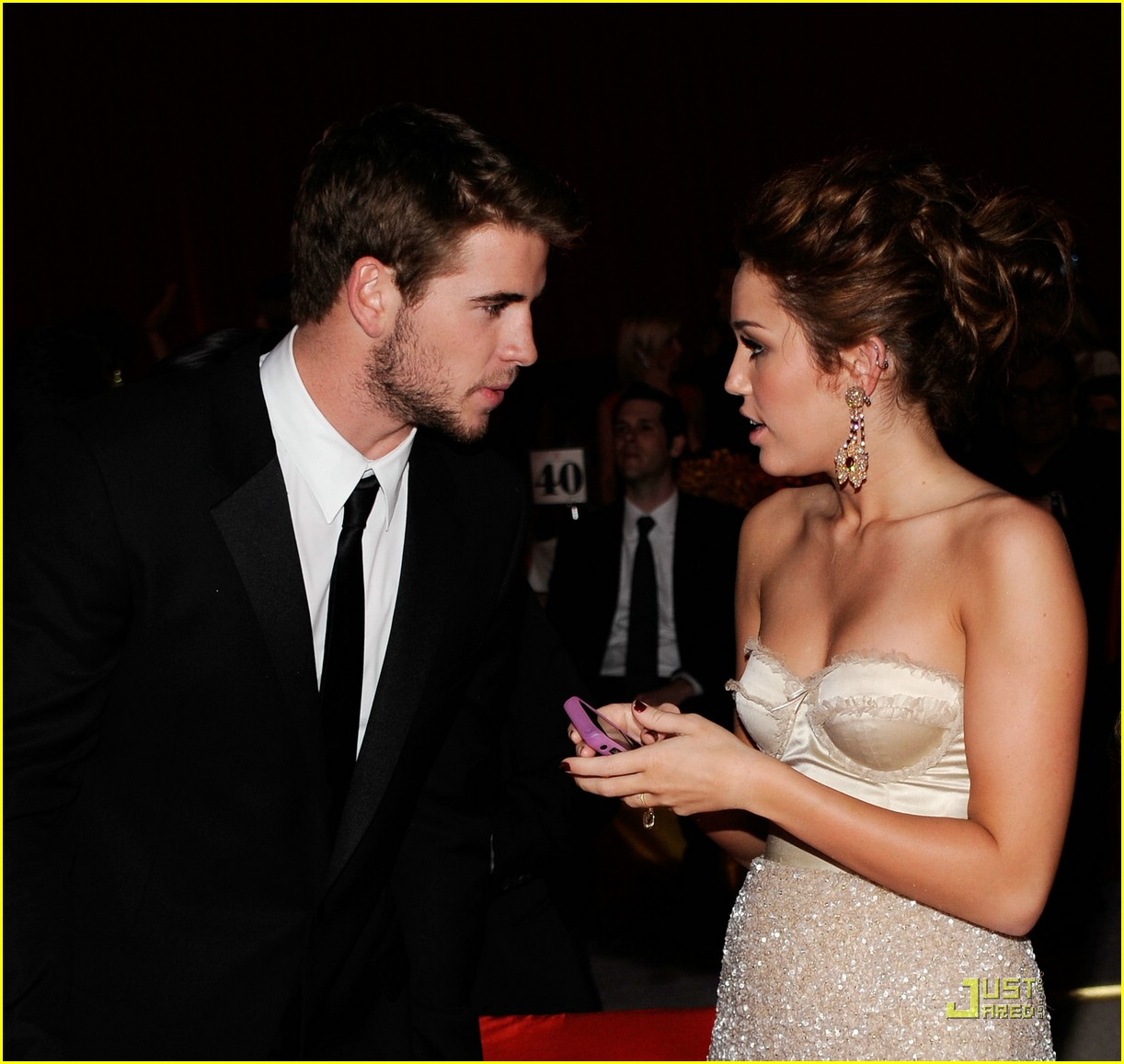 Wallpaper Liam Hemsworth | Free Download Wallpaper ...