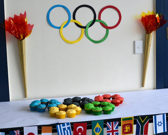 kids olympic party theme table