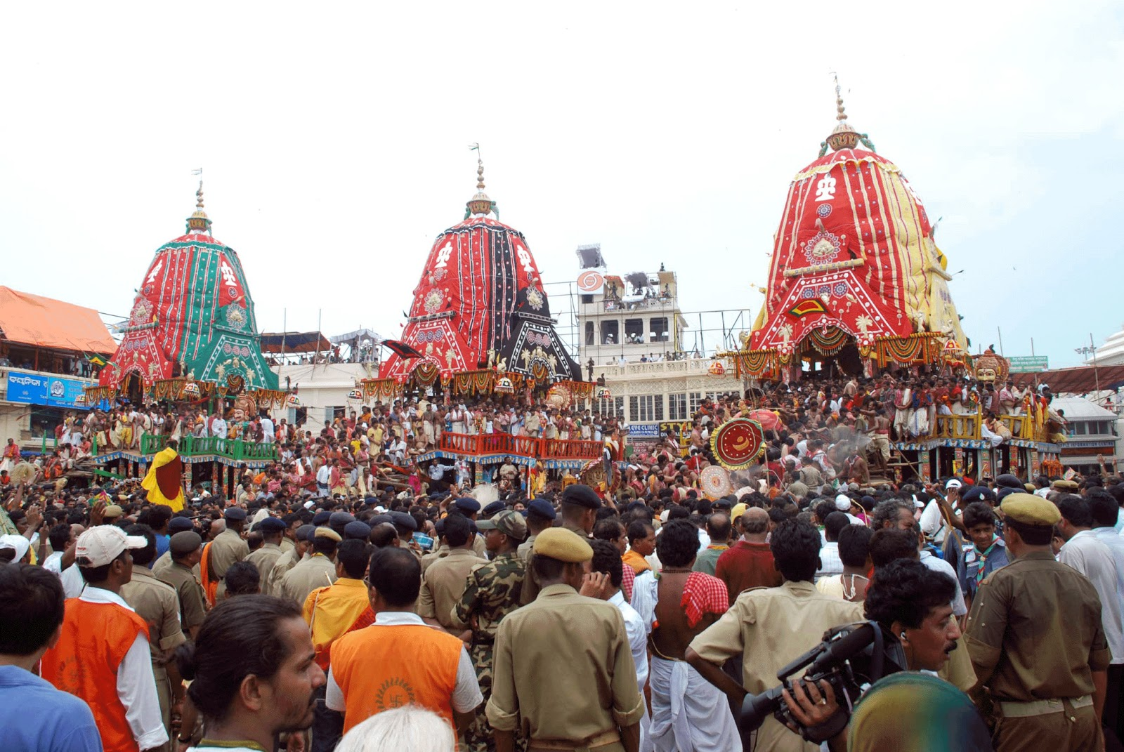 jagannath rath yatra Lakhs of devotees from all across the country came together in procession to celebrate the nine-day journey of lord jagannath, lord balabhadra and devi subhadra to gundicha temple and back to.
