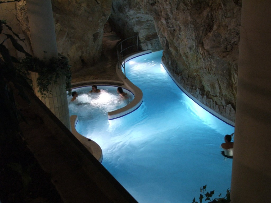 Inside Pool Cave interesting things - do you know ??: world's oldest indoor thermal
