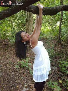 sl model Ayesha madushani