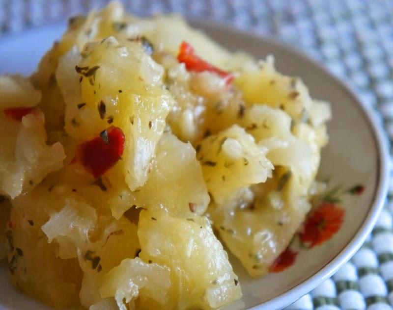 Salada de Mandioca Apimentada (vegana)