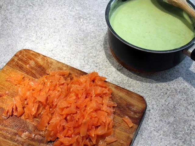 salmone affumicato e besciamella agli asparagi