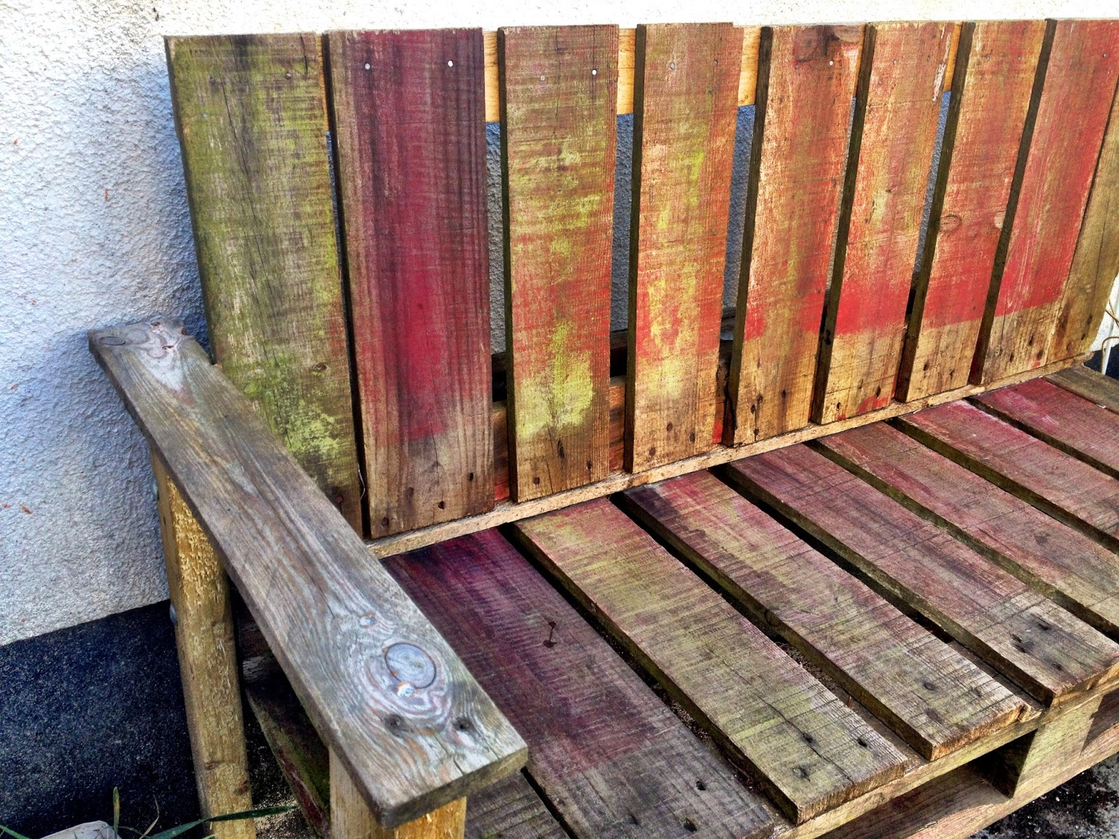 Pallet Bench in the garden