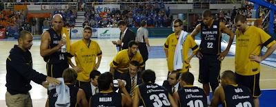 Pedro Martínez dando instrucciones