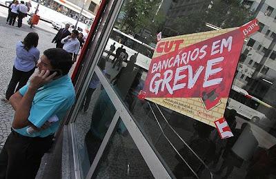 Brasil: COM GREVE, BANCOS INDICAM CAIXAS ELETRÔNICOS E INTERNET