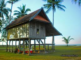 RUMAH TRADISIONAL DI MALAYSIA