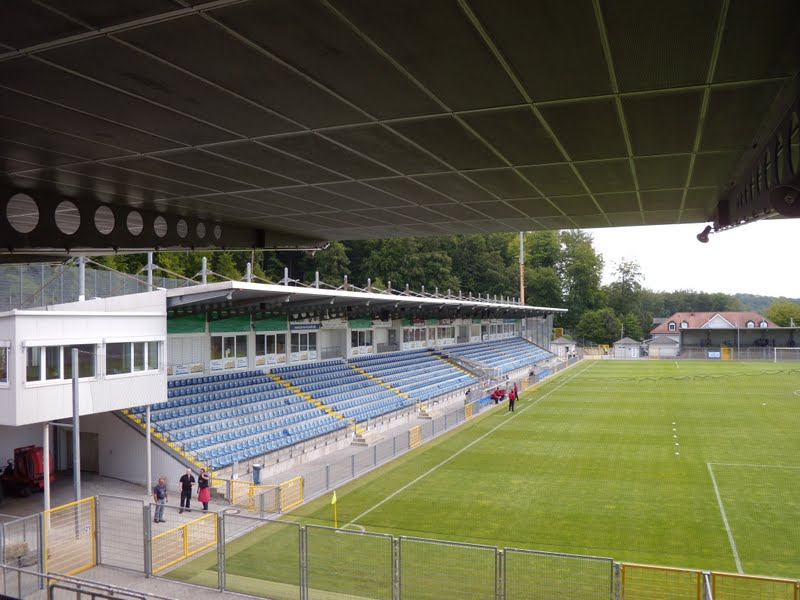 stadien hoffenheim dietmar hopp stadion tsg 1899. Black Bedroom Furniture Sets. Home Design Ideas