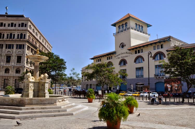 En La Habana Vieja: una plaza, un convento y un museo dedicados a San Francisco de Asís