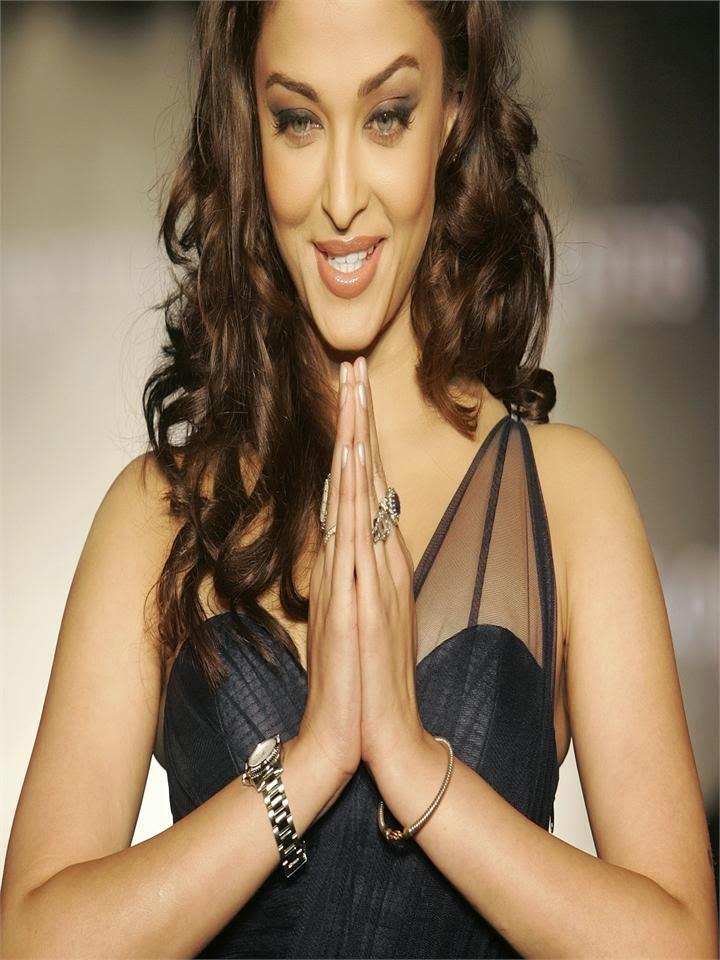 Aishwarya Rai Bachchan hot pics