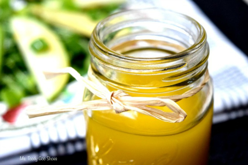 Vanilla Vinaigrette: A Salad Dressing With a Twist! | Ms. Toody Goo Shoes