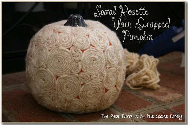 yarn rosette pumpkins