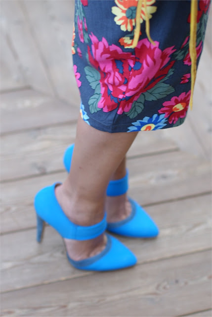 scarpe Stefanel blu, high heel cobalt blue shoes, Fashion and Cookies