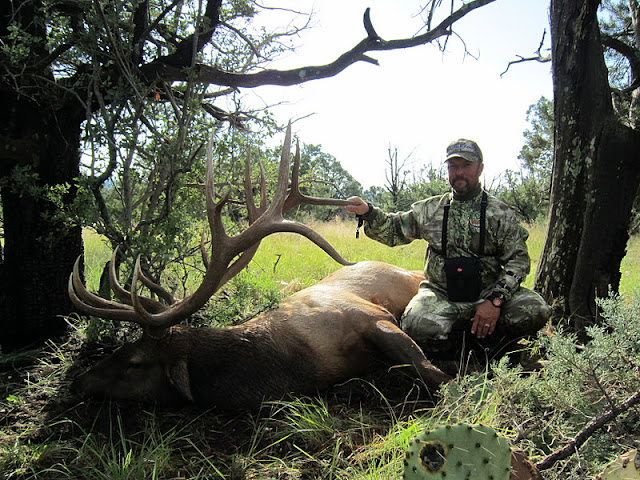 Todd Brooks Arizona Archery Elk Picture with Colburn and Scott Outfitters