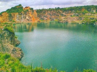Pemandangan Danau Quarry