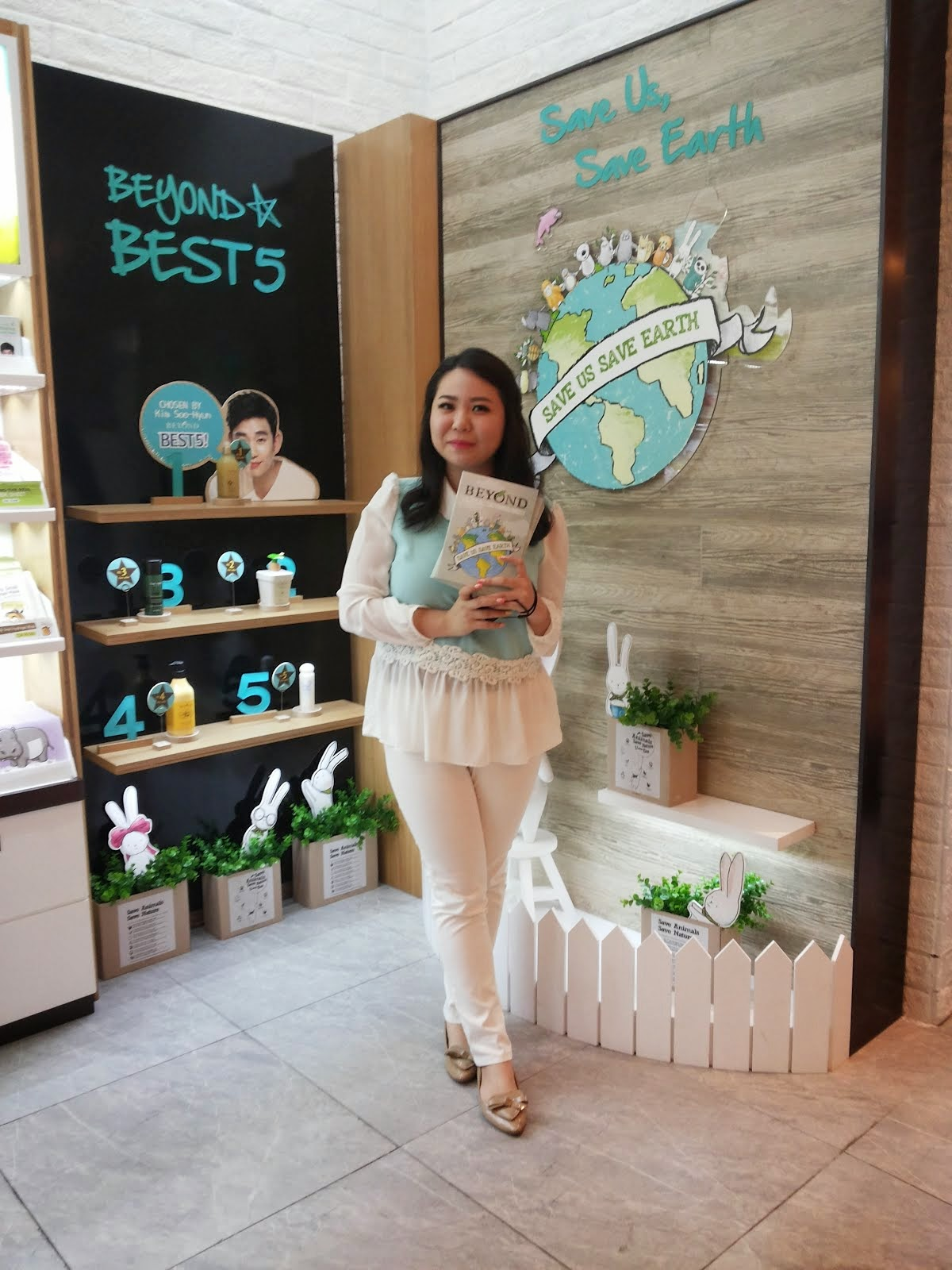 HOSTING BEYOND BEAUTY BLOGGERS EXPOSURE EVENT