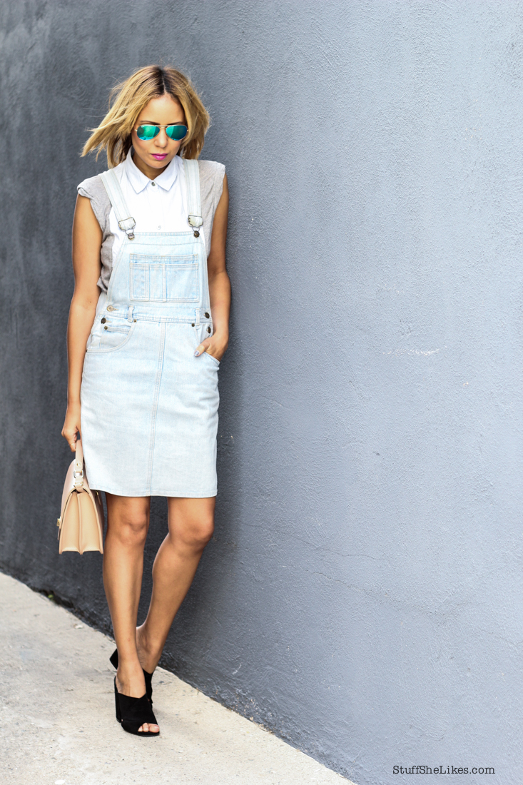 Denim, Vintage overall dress, rayban mirrored aviators, Topshop shoes, Blonde Blogger, Black blogger, top blogger, top fashion blogger, fashion blog, top 10 fashion bloggers, Stuff She Likes