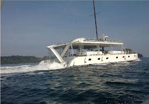Manuel Antonio Catamaran