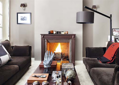hermosa sala con chimenea