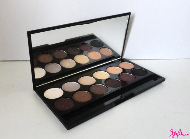 neutral eyeshadow, au natural palette, sleek makeup, neutrals