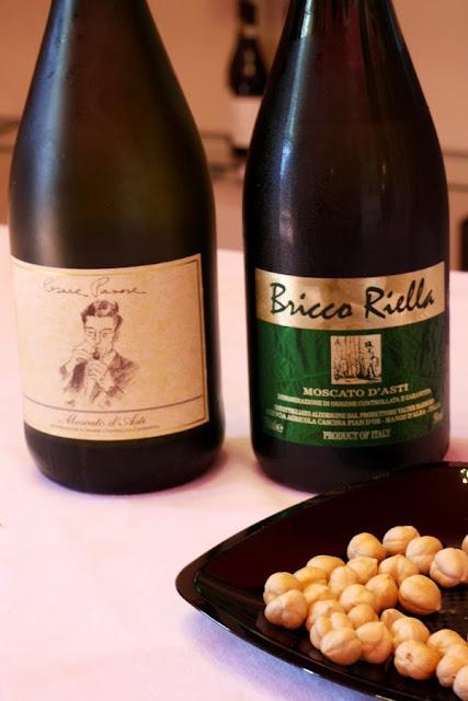 degustazione di vino Moscato a Mango
