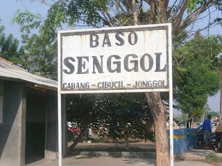Bakso senggol,Bakso senggol terkenal di Jonggol dan cibarusah ,Buka cabang di mana-mana ada di jonggol, cibarusah dan Sirna Jati