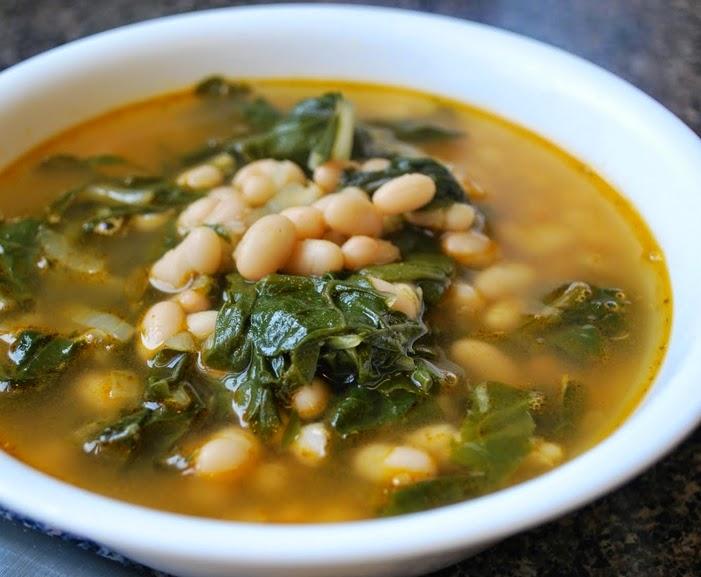 Sopa de Feijão Branco com Couve (vegana)