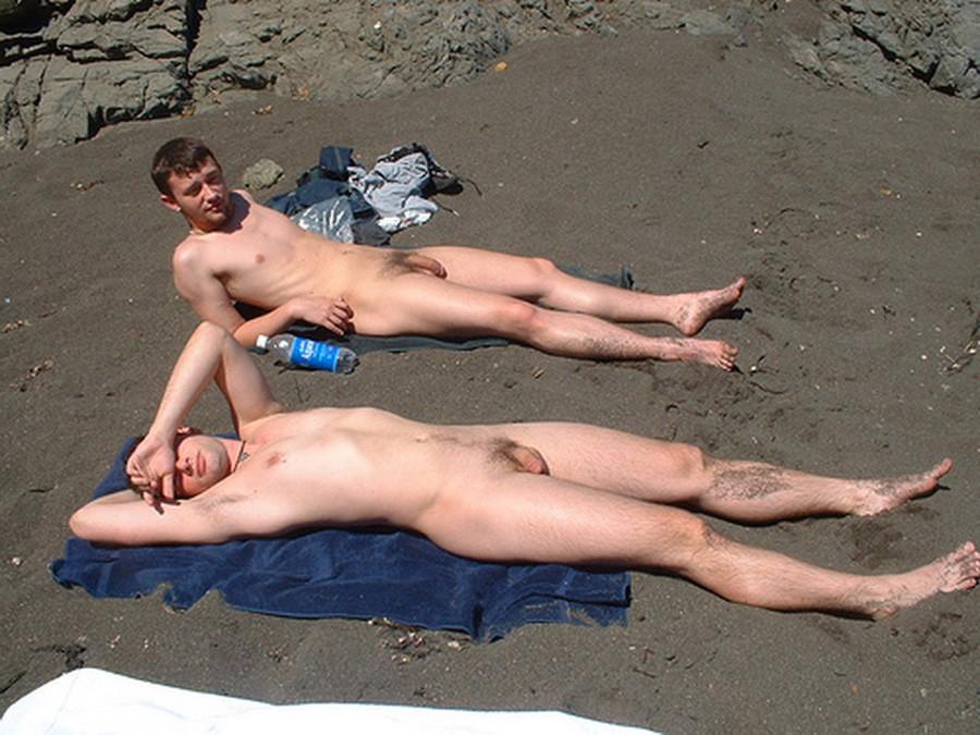 Apologise, Naked men with women beach