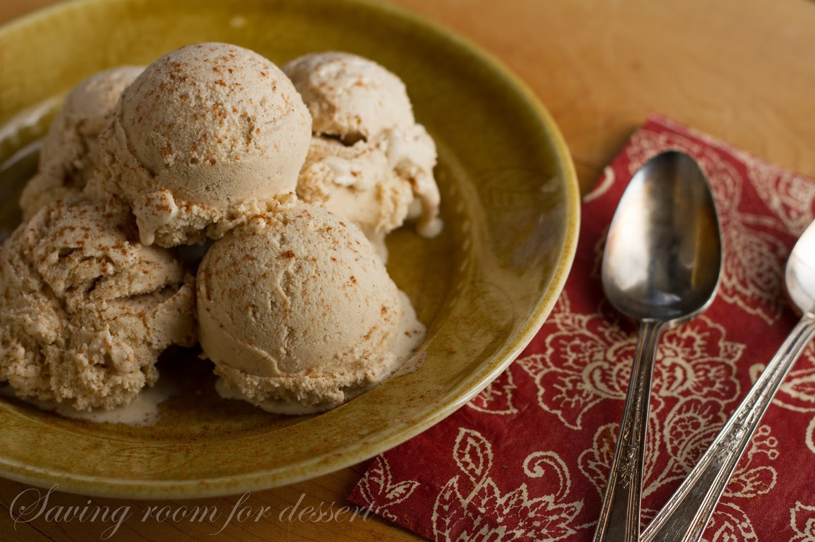 Cinnamon Vanilla Bean Gelato - Saving Room for Dessert