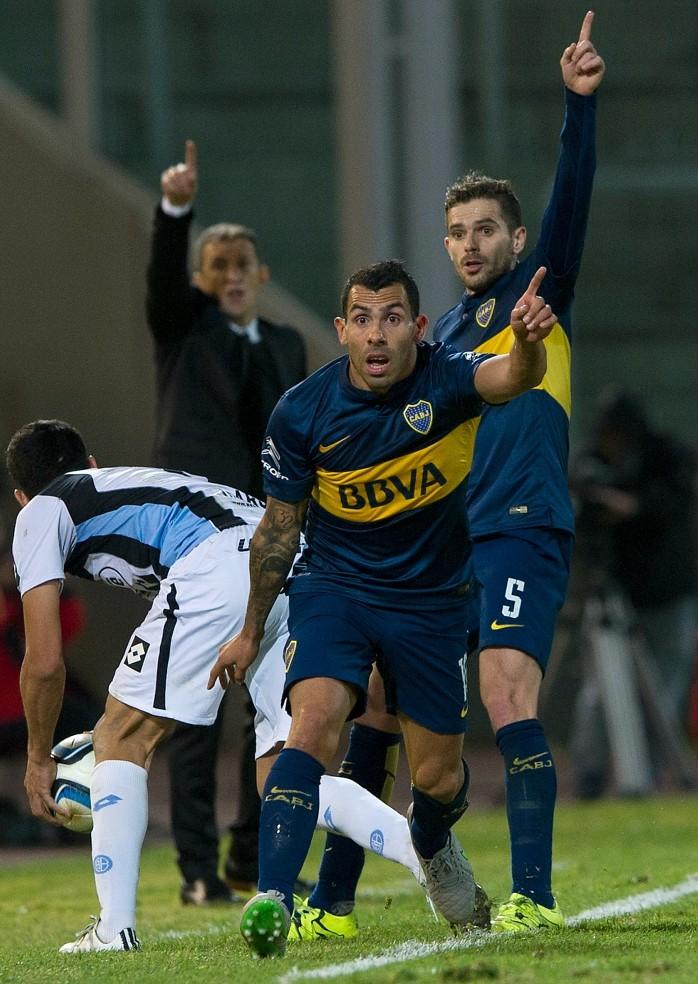 Tevez marca pelo Boca Juniors em jogo da Copa Argentina e quebra jejum que durava mais de 10 anos.