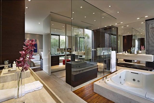 Quarto, banheiro e closet integrados  veja detalhes dessa suíte moderna e  -> Banheiro Suite Feminino