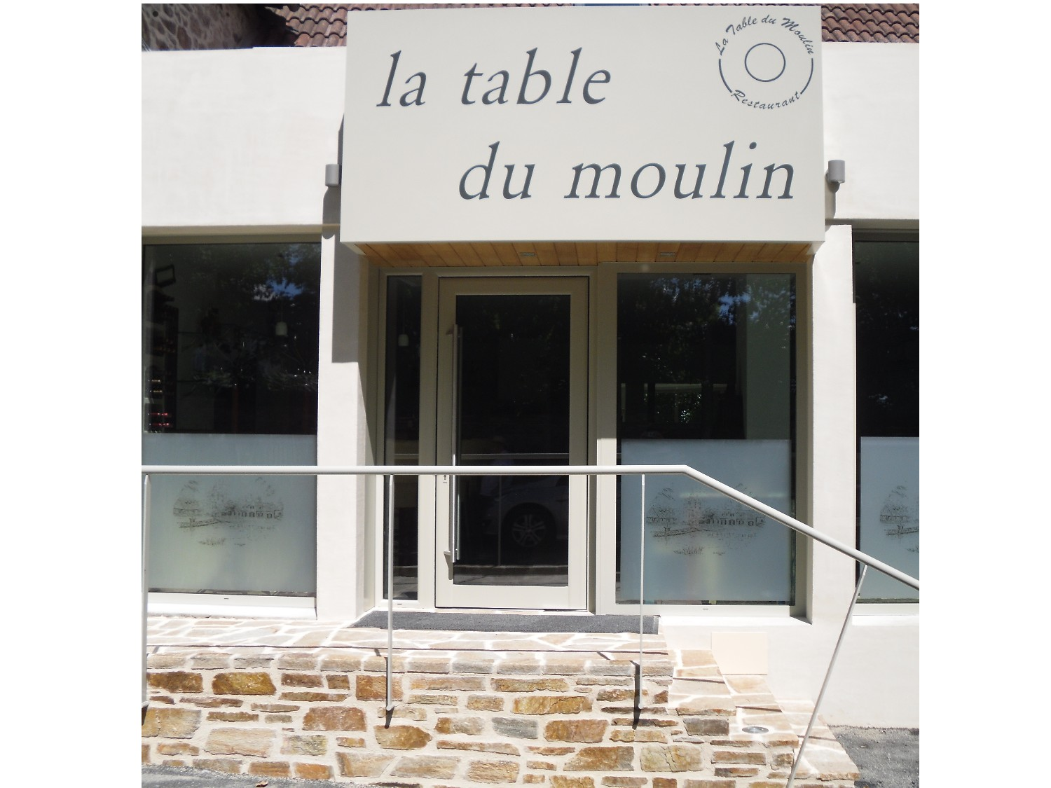 La table du moulin restaurant de pierre bertranet for La table du 6 laille