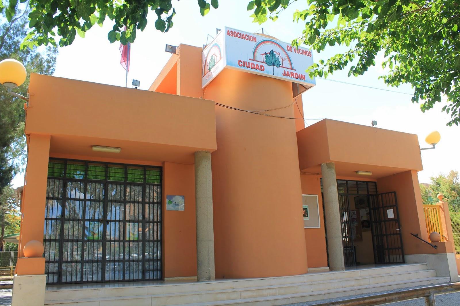 A diez minutos del centro 127 cartagena ciudad jard n for Centro de salud ciudad jardin