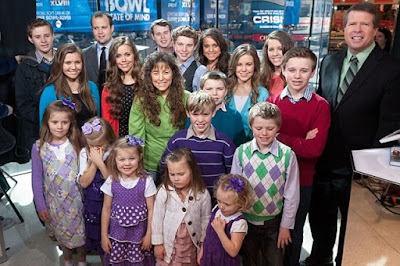 Duggar family pastor preaches hate
