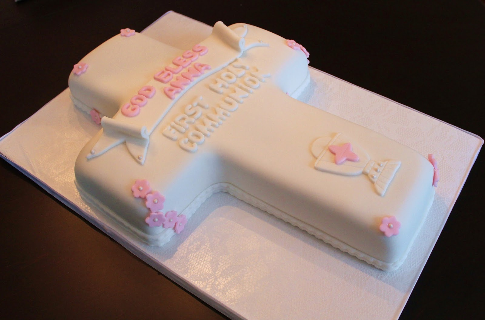 Creative Cakes By Lynn First Communion White Cross Cake