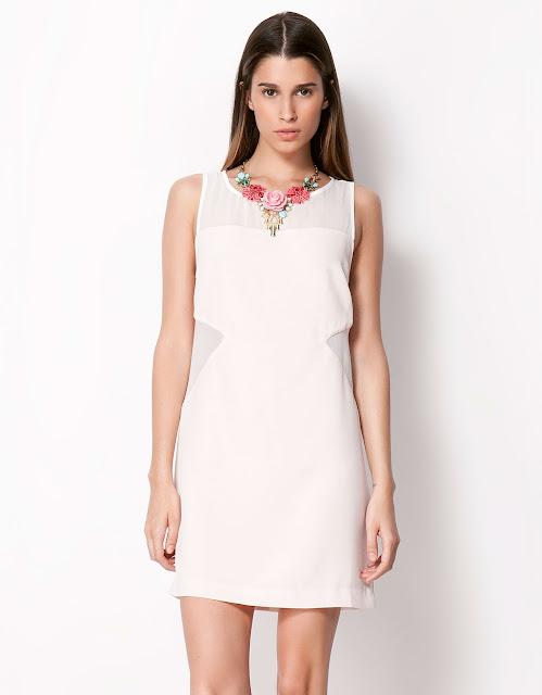 beyaz dekolteli elbise