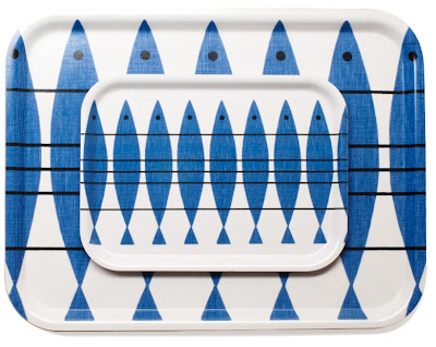 trays with herring pattern