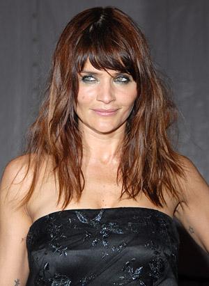 Coiffure mariee cheveux long 2013 cheveux couleur chatain for Salon de coiffure blainville