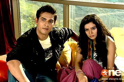 Abhay+raichand+and+piya+jaiswal+pics
