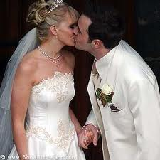 http://4.bp.blogspot.com/-4_zzPGcqfyQ/TVUP7fI3YDI/AAAAAAAAACM/zSOEBuS_N7E/s1600/Shane+Filan+Wedding.jpg