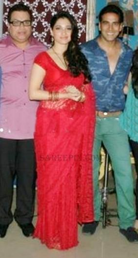 """Tamanna saree stills at """"Its entertainment"""" movie muhurat"""