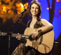 Paula Fernandes canta no estilo country
