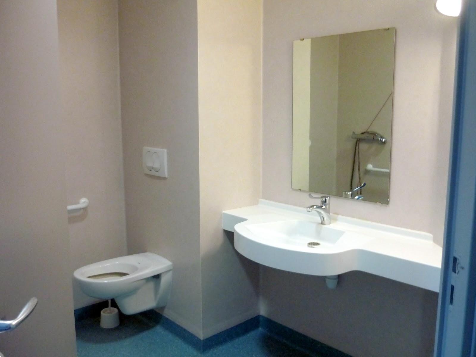 R sidence ehpad de l 39 h pital de st f licien 07410 la r sidence et le service animation - Resinence salle de bain ...